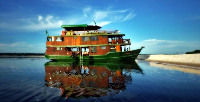 Jacare-Acu Boat, Katerre Amazon River Cruise