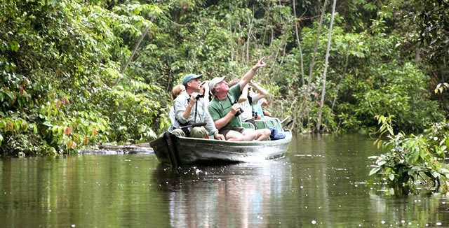 Canoeing - MY Tucano Amazon Cruise