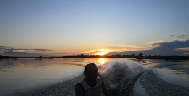 Sunset Boat Ride, Tucan Amazon Lodge