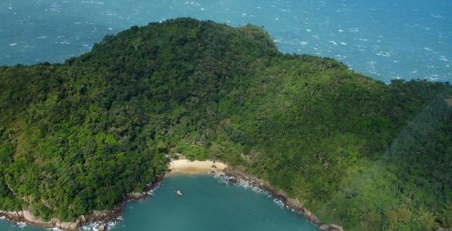 Costa Verde Island