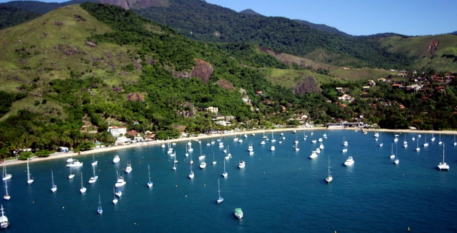 Ilhabela Boats