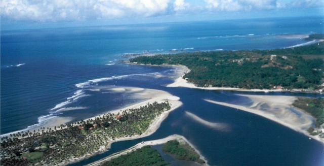 Rio do Inferno, the straits that separate Morro de Sao Paulo and Boipeba