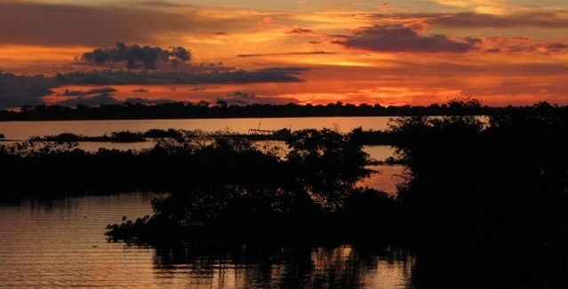 Jacauana Sunset - Amazon Clipper Cruise