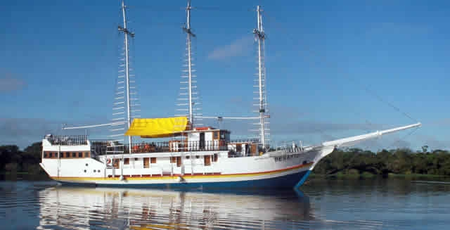 MV Desafio Cruise - Amazon River Cruise