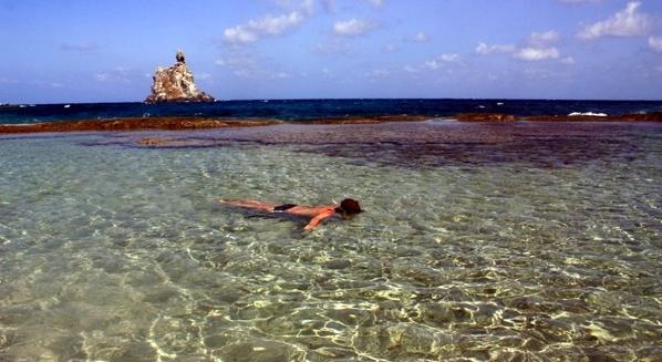 Snorkelling in the Atalaia Natural Pools, Fernando de Noronha