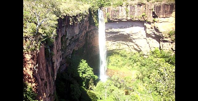 Bride's Veil Waterfall, Chapada dos Guimaraes - Mato Grosso
